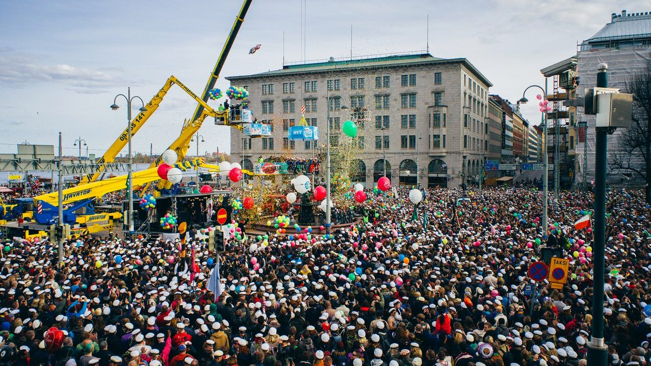 Vappu - или как в Финляндии празднуют Первомай?Photo: Jussi Hellsten