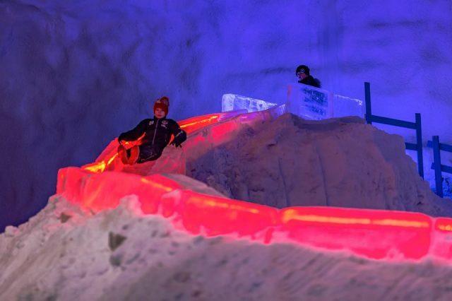 Ледяная пещера муми-троллей