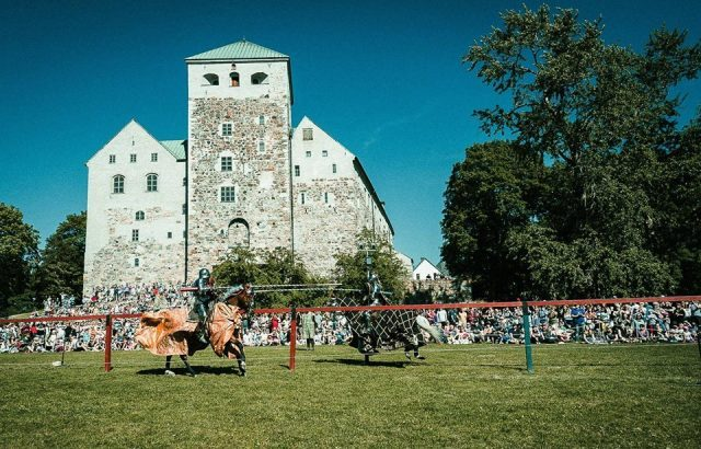 Рыцарский турнир в Турку