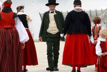 Финские национальные костюмы в Морском центре Велламо