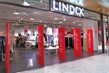 Photo: Tiia Monto. Lindex clothing store in Palokka, Jyväskylä