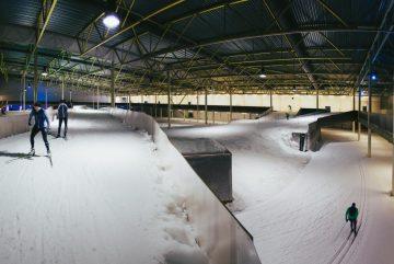 Крытая лыжня Kivikko Ski Hall в Хельсинки