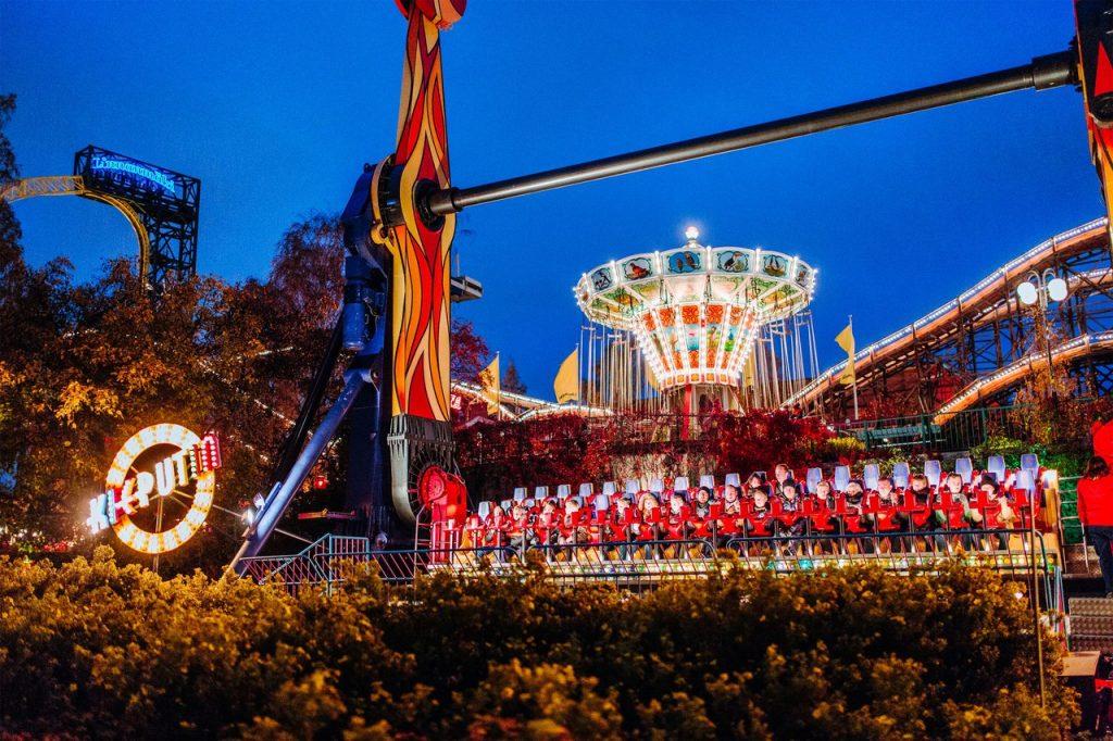 Карнавал света в Линнанмяки