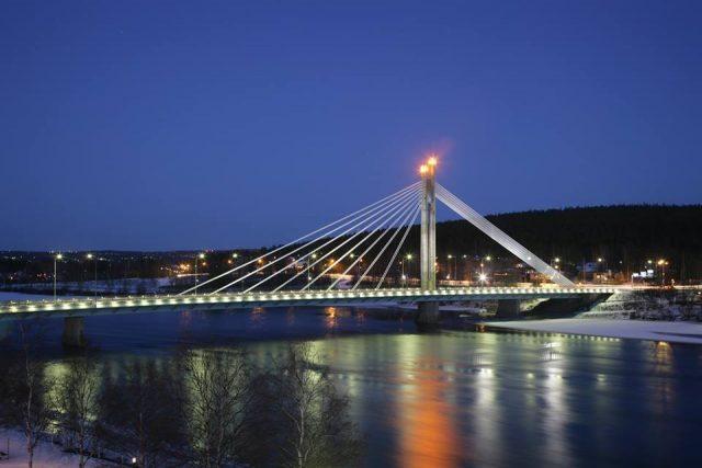 Мост Яткянкюнттиля в Рованиеми