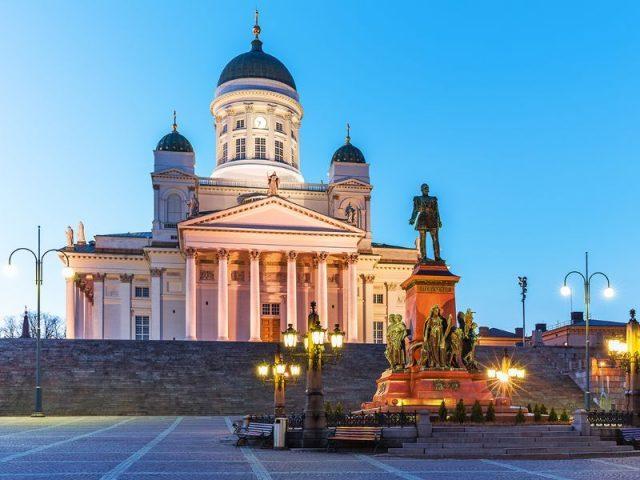 Памятник Александру II на Сенатской площади