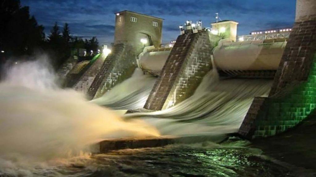 Пуск водопада Иматранкоски в Иматре