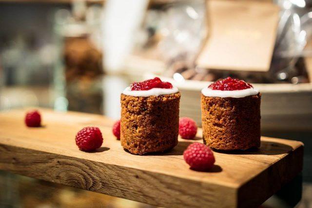 Пирожные Рунеберга Bakery-Eatery Levain Punavuori, Хельсинки